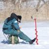 Le lac est gelé, vive le patin et la pêche… !