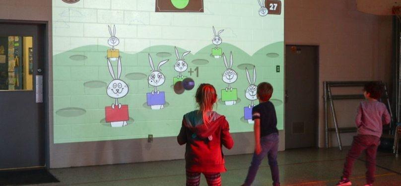L'école des Jeunes-Riverains de la CSVT inaugure le système interactif Lü