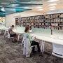 Espaces de travail pour étudiants à la Bibliothèque Armand-Frappier