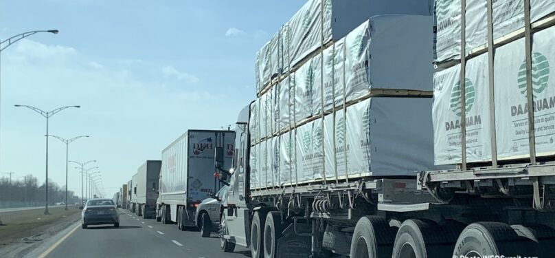 Interdiction du camionnage de transit sur le boulevard Monseigneur-Langlois