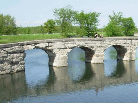 Canal-Soulanges-pistes-cyclables-patrimoine-Photo-Tourisme-Suroit
