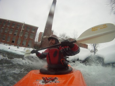 Kayak-en-eau-vive-WhitewaterPDLR-6-fevrier-2011