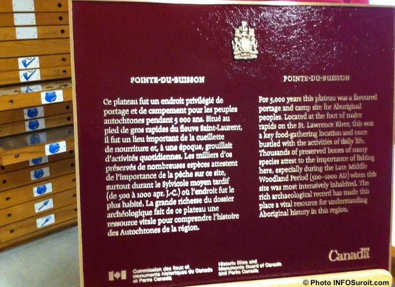 Pointe-du-Buisson plaque commemorative lieux historiques Canada photo INFOSuroit