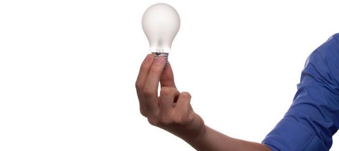 lumiere-idee-travail-emploi-recherche-Photo-pexels-via-Pixabay