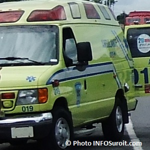 Ambulance-vehicule-urgence-Paramedic-Photo-INFOSuroit_com