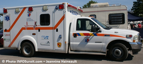 Ambulance Premiers_repondants Photo INFOSuroit-Jeannine_Haineault