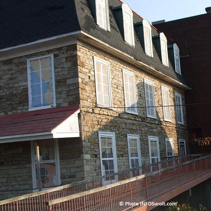 Manoir-Ellice-Beauharnois-de-profil-Photo-INFOSuroit-com_