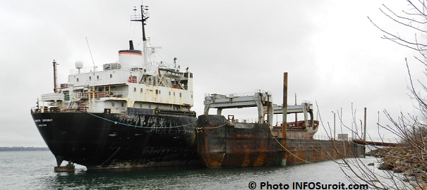 Beauharnois-Kathryn_Spirit-et-reste-de-cargo-dec2011-Photo-INFOSuroit_com
