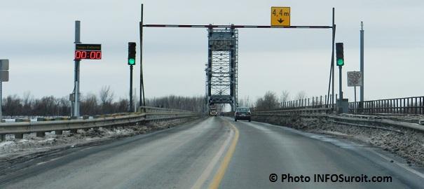 Pont Larocque signalisation feux de circulation Photo INFOSuroit.com_