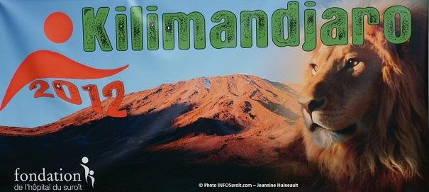 Kilimandjaro banderolle 14juillet2011 Photo INFOSuroit-Jeannine_Haineault