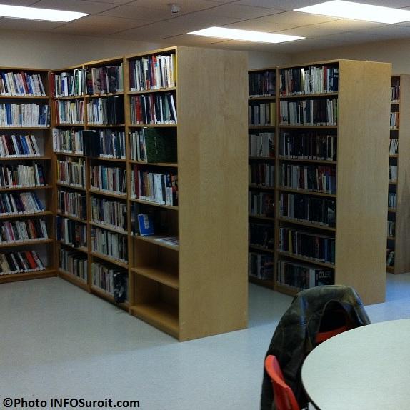 bibliotheque livres Saint-Urbain-Premier Photo INFOSuroit.com_