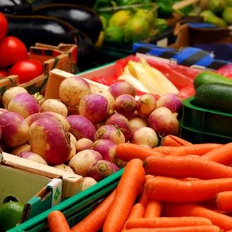 legumes carottes navet concombres navet agroalimentaire marche public Photo CPA publiee par INFOSuroit-com_
