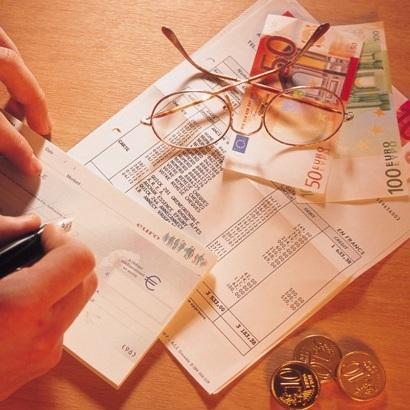 Euro-argent-monnaie-cheque-compte-Photo-CPA-publiee-par-INFOSuroit-com_
