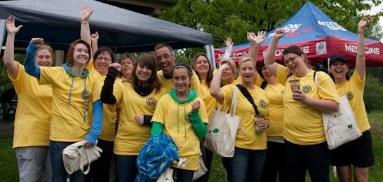 Defi-FRAS-les-benevoles-2011-Photo-publie-par-INFOSuroit-com_