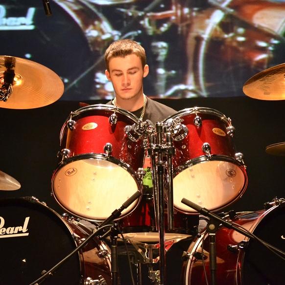 Optimiste-gagnant-Instrumentale-secondaire-Steven-Bosse-Photo-publiee-par-INFOSuroit-com_