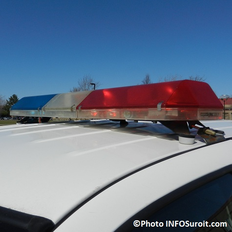 gyrophare-police-Chateauguay-Photo-INFOSuroit-com_
