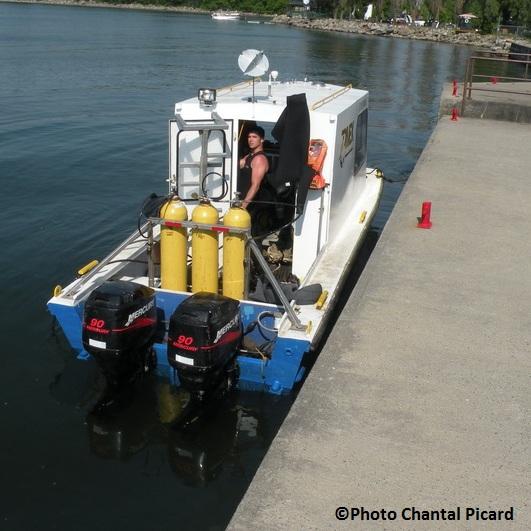 Beauharnois-peche-de-camion-lac-Saint-Louis-bateau-Divex-Marine-Photo-INFOSuroit-com_Chantal-Picard