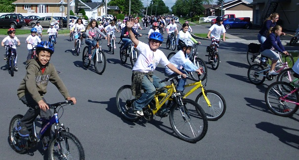 Club-Optimiste-Beauharnois-Bicyclothon-2012-Photo-COB-publiee-par-INFOSuroit-com_