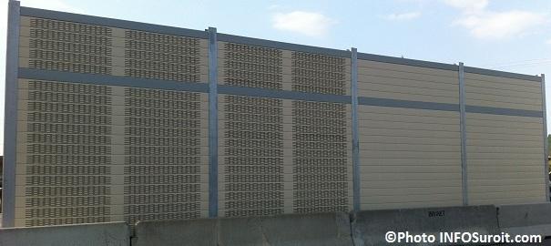Ecrans-antibruit-en-demonstration-chez-Beton-Brunet-Photo-INFOSuroit-com_