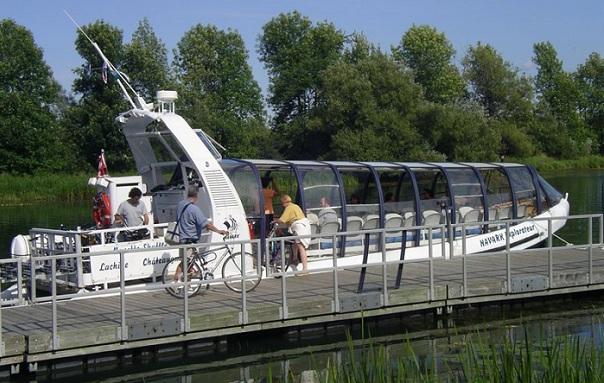 Navette-fluviale-Navark-Explorateur-Photo-courtoisie-Heritage-Saint-Bernard-publiee-par-INFOSuroit-com_