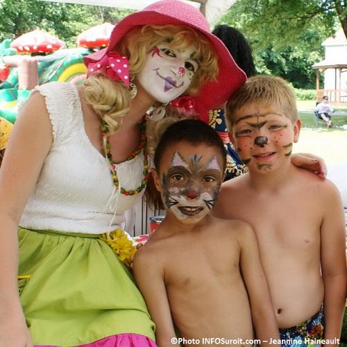 Pique-nique-au-Cam-Bosco-clown-enfants-maquillage-Photo-INFOSuroit-com_Jeannine-Haineault