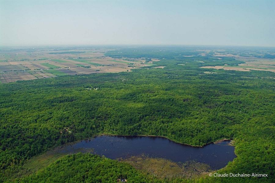 Sainte-Marthe-mont-rigaud-terrain-Nature-Action-Quebec-Photo-Claude-Duchaine-Airimex-publiee-par-INFOSuroit-com_