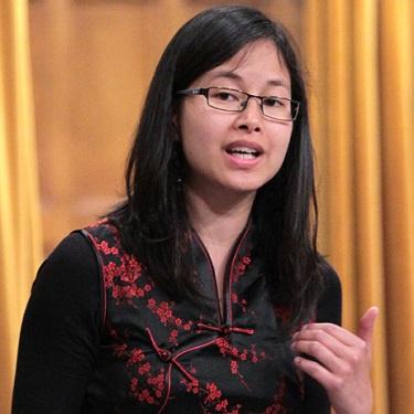 Anne-Minh-Thu-Quach-a-la-Chambre-des-Communes-Photo-courtoisie-publiee-par-INFOSuroit-com_