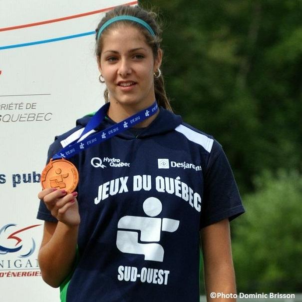 Laurence-Legault-medaille-bronze-Photo-Dominic-Brisson-publiee-par-INFOSuroit-com_