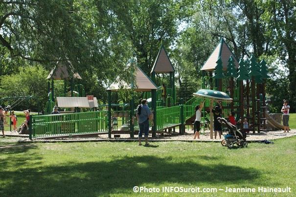 Parc-des-iles-de-St-Timothee-module-jeux-enfants-Photo-INFOSuroit-com_Jeannine-Haineault