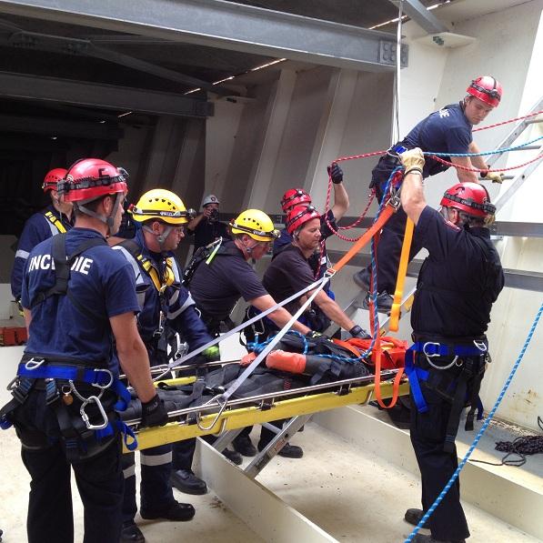 Simulation-sauvetage-pont-service-securite-incendie-Beauharnois-Photo-courtoisie-publiee-par-INFOSuroit-com_