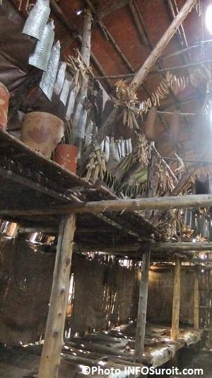 Site-Droulers-interieur-cabane-longue-Photo-INFOSuroit-com_
