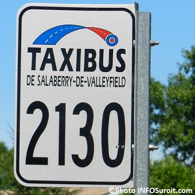 Taxibus-Valleyfield-enseigne-transport-collectif-Photo-INFOSuroit-com_