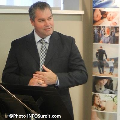 Yves-Bolduc-annonce-investissement-CSSS-du-Suroit-Photo-INFOSuroit-com_