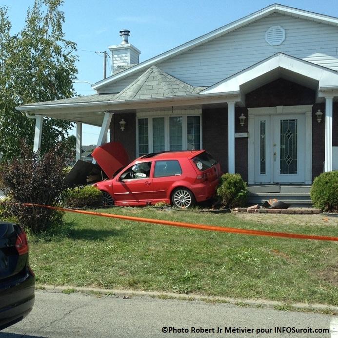 d lit de fuite et conduite dangereuse un jeune de 17 ans arr t. Black Bedroom Furniture Sets. Home Design Ideas