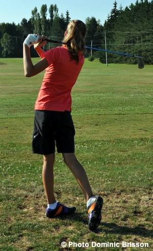 Golfeuse-equipe-Sud-Ouest-Jeux-du-Quebec-Photo-Dominic-Brisson-publiee-par-INFOSuroit-com_