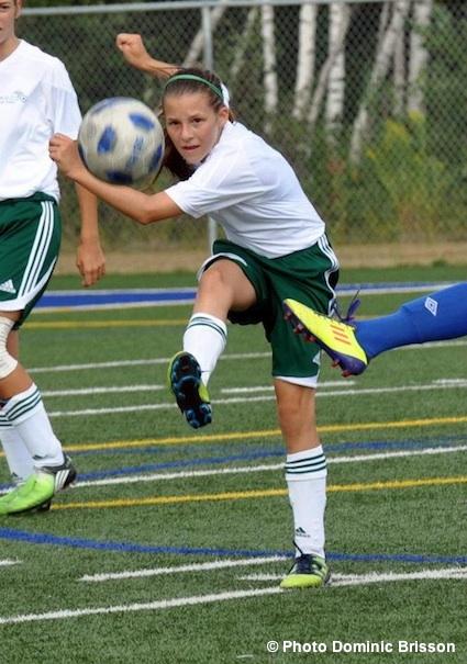 Soccer-feminin-Sud-Ouest-aux-Jeux-du-Qc-2012-Photo-Dominic-Brisson-publiee-par-INFOSuroit-com_