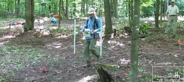 Fouilles-archeologiques-site-Mailhot-Curran-avec-magnetometre-Extrait-YouTube-Forum-en-clip-Universite-de-Mtl-publie-par-INFOSuroit-com_