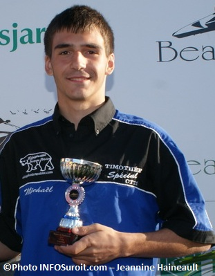 Michael-Tremblay-champion-2012-1.5-litre-Photo-INFOSuroit-com_Jeannine-Haineault