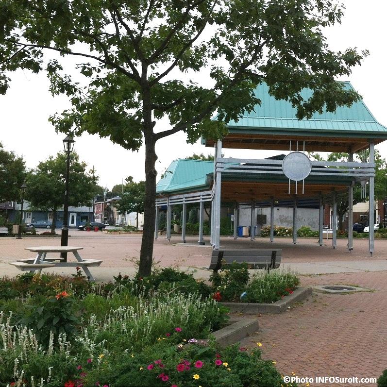 Place-du-Marche-Beauharnois-septembre-2012-Photo-INFOSuroit-com_