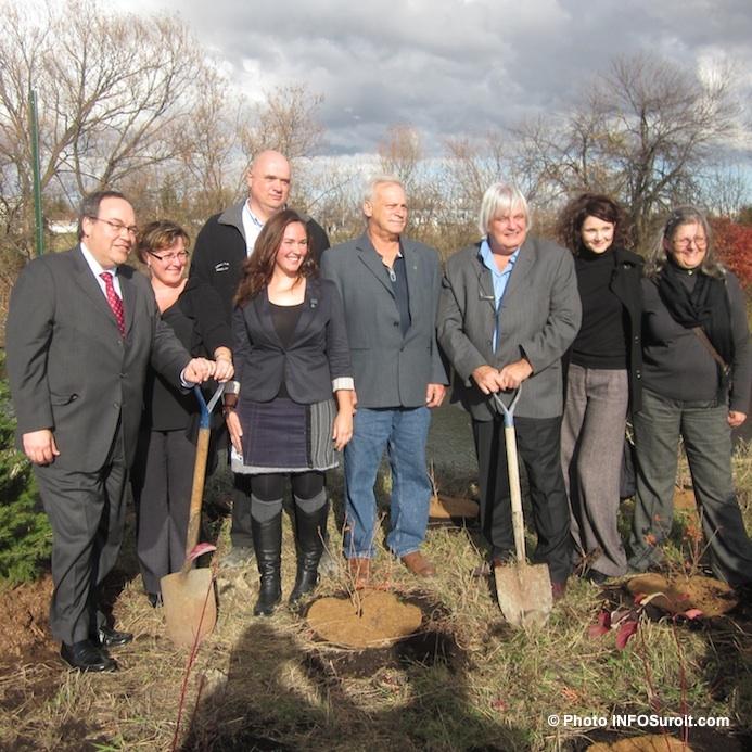 Annonce plantation arbres avec CSX, Arbres Canada et Ville Valleyfield Photo INFOSuroit