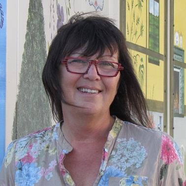 Christiane-Lamarre-artiste-peintre-de-Beauharnois-Photo-courtoisie-publiee-par-INFOSuroit-com_