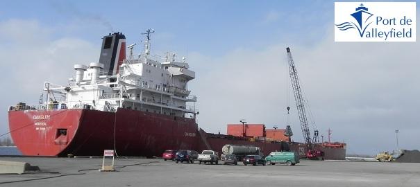 Premier-bateau-2011-Photo-courtoisie-Port-de-Valleyfield-publiee-par-INFOSuroit