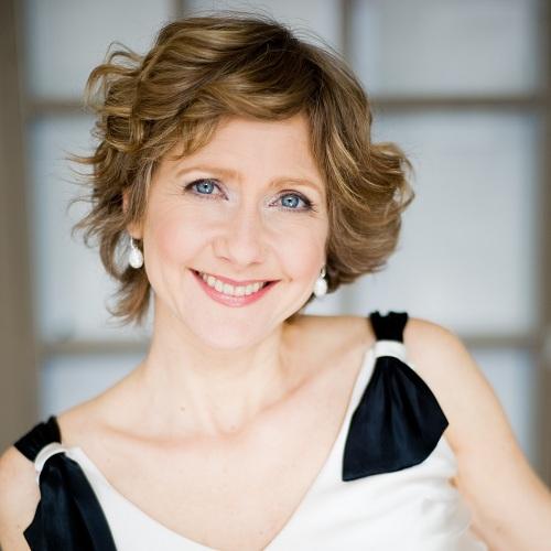 Suzie-Leblanc-mezzo-soprano-en-concert-a-Chateauguay-Photo-courtoisie-publiee-par-INFOSuroit-com_