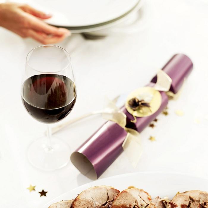 Vin-rouge-degustation-et-viande-coktail-dinatoire-Photo-CPA-publiee-par-INFOSuroit-com_
