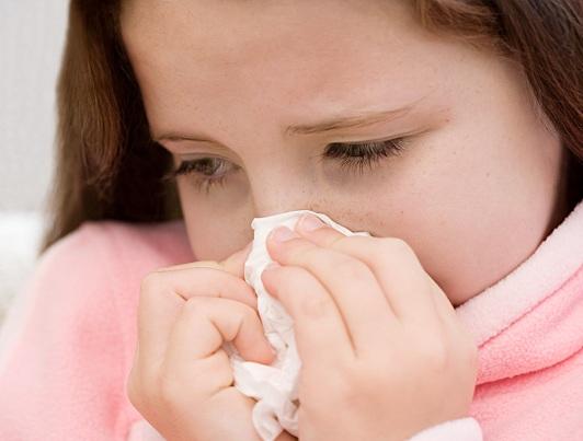 grippe-rhume-vaccination-papier-mouchoir-Photo-CPA-publiee-par-INFOSuroit-com_