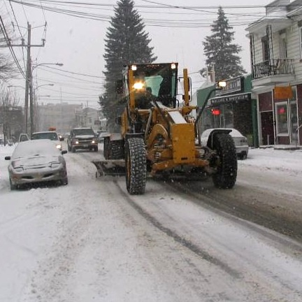 Deneigement-sur-rue-du-Marche-Salaberry-de-Valleyfield-Photo-courtoisie-publiee-par-INFOSuroit