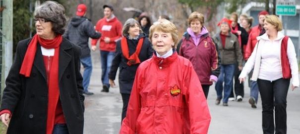 Marche de Rudolphe avec des participants ages variees Photo courtoisie publiee par INFOSuroit