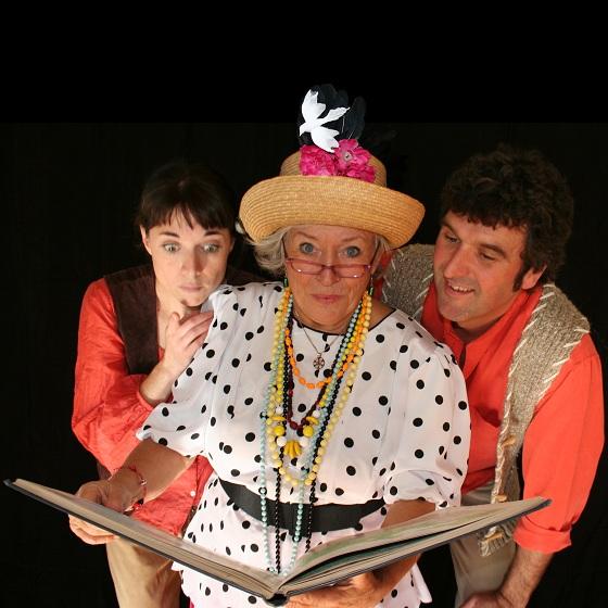 Poussera poussera pas avec troupe Semeurs ensorceles a Huntingdon Photo courtoisie publiee par INFOSuroit