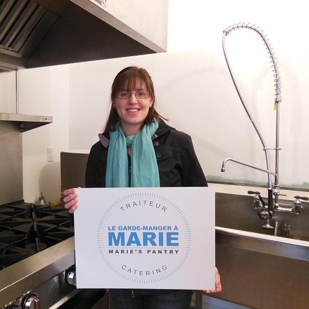 Garde-manger-a-Marie-Marie Shewchuk-dans-sa-cuisine-Photo-Florence-Berard-pour-le-CLD-du-Haut-St-Laurent