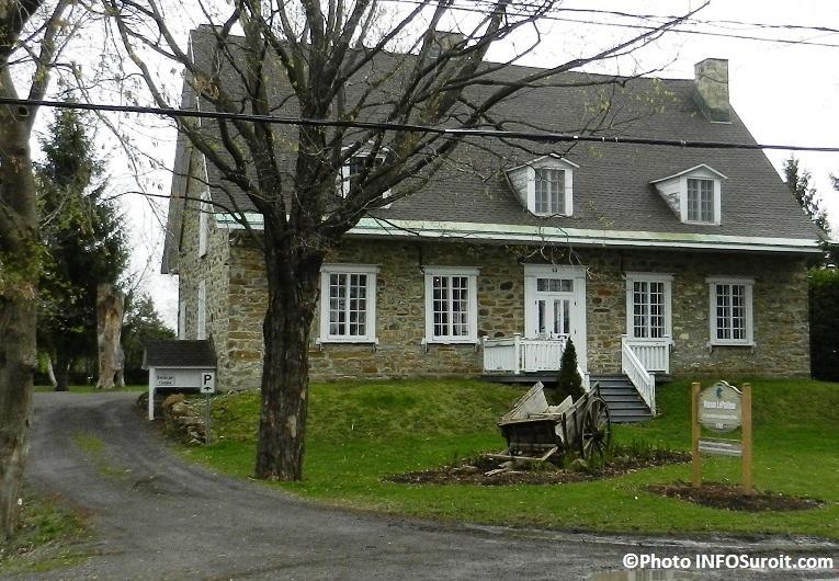 Maison-LePailleur-a-Chateauguay-Vue-de-profil-Photo-INFOSuroit-com_